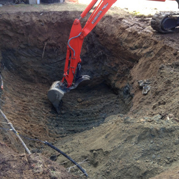 6-excavating-contaminated-soil