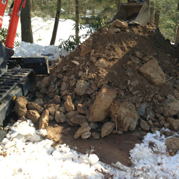 7-soil-stockpiled-on-plywood-to-protect-lawn-area
