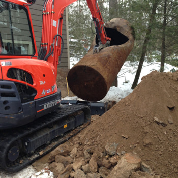 8-pulling-tank-from-excavation